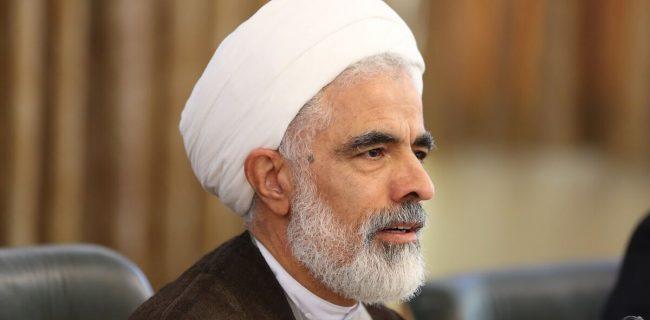 مجید انصاری: عدهای فحاشی و هتک حرمت را انقلابیگری میدانند
