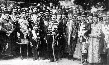 تاجگذاری محمدعلی شاه قاجار مردی که مجلس ملی را به توپ بست